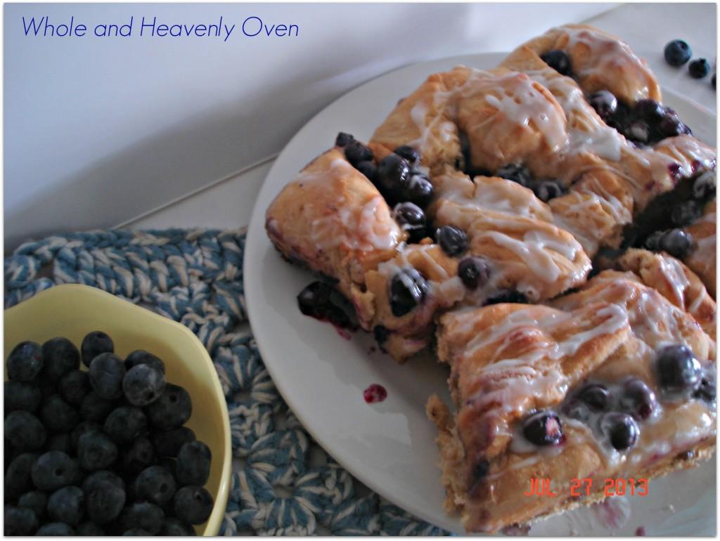 Fluffy Blueberry-Swirl Rolls No.6