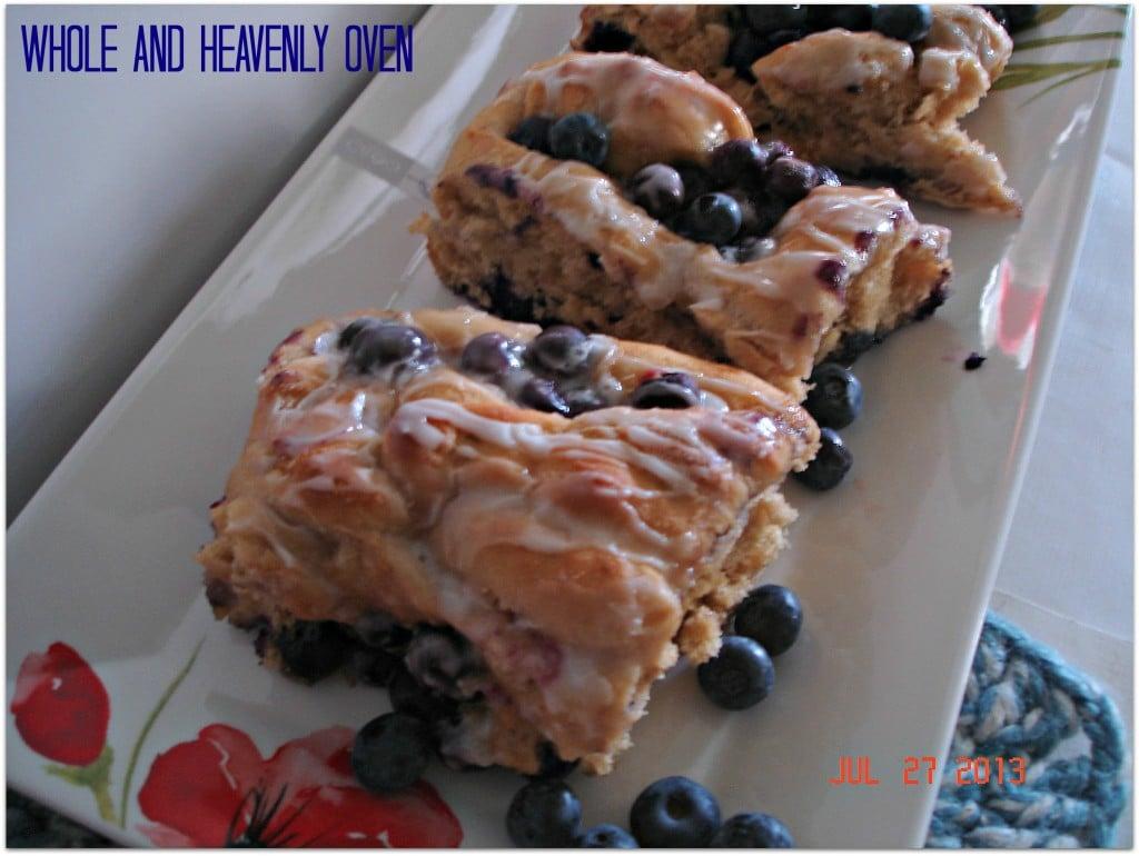 Fluffy Blueberry-Swirl Rolls No.9