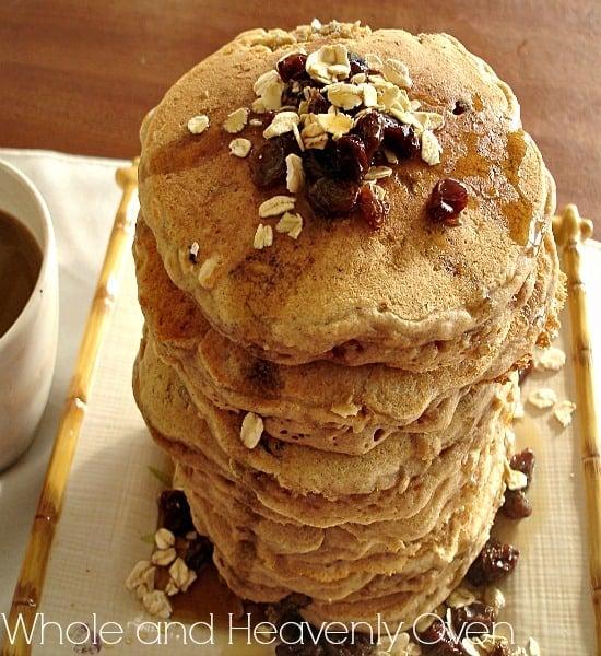Oatmeal Raisin Cookie Pancakes