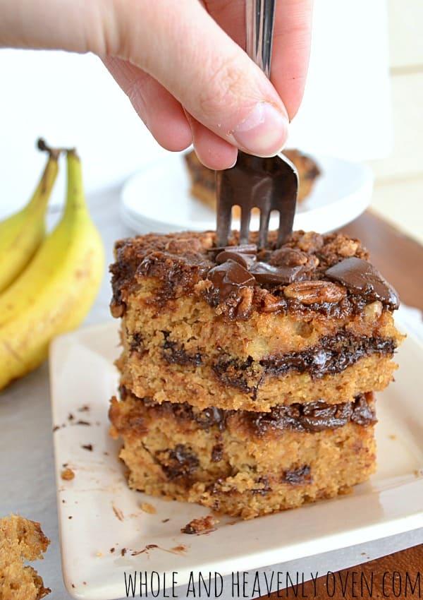 Banana Chocolate Chip Streusel Coffee Cake| wholeandheavenlyoven.com