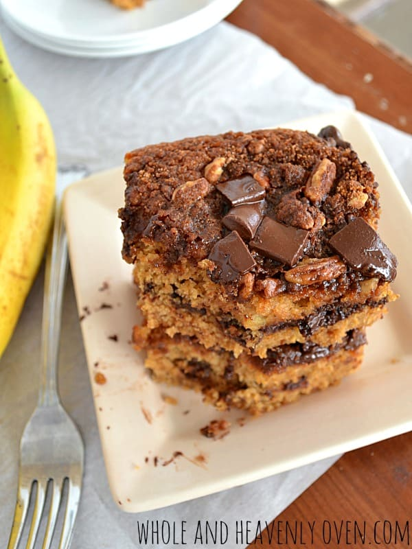 Banana Chocolate Chip Streusel Coffee Cake| wholeandheavenlyoven.com