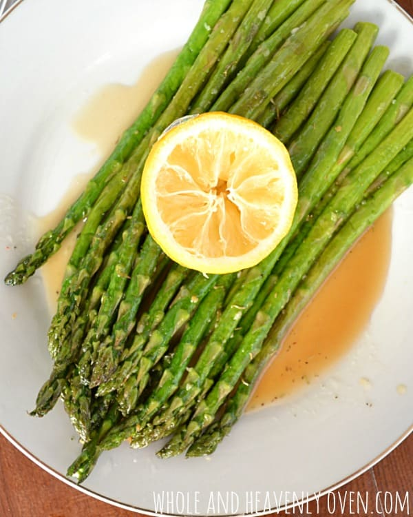 Pan-Fried Garlic Asparagus With Lemon Vinaigrette | wholeandheavenlyoven.com