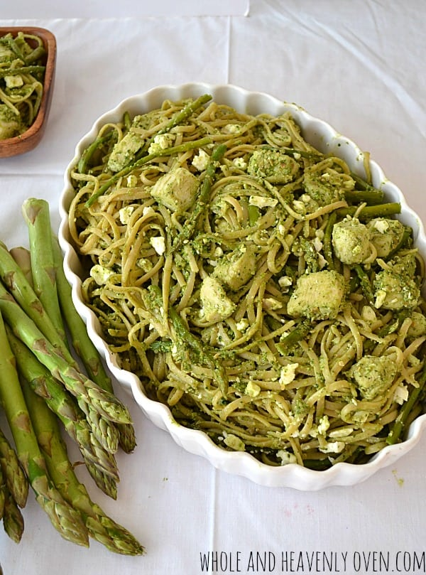 Chicken Pesto Fettuccine With Asparagus + Feta | wholeandheavenlyoven.com