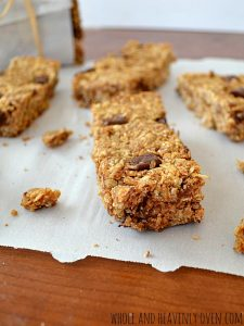 Whole-Grain Peanut Butter Chocolate Granola Bars | wholeandheavenlyoven.com