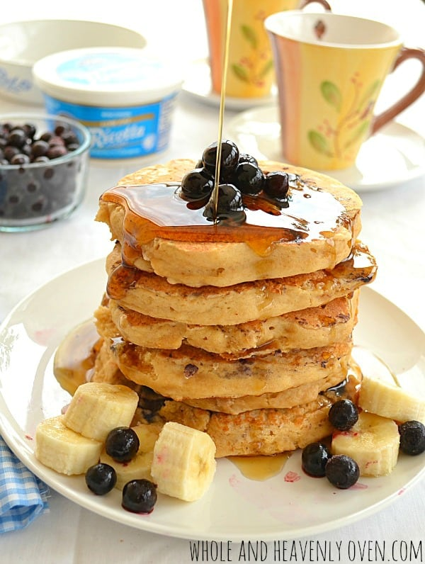 Blueberry Ricotta Pancakes | wholeandheavenlyoven.com