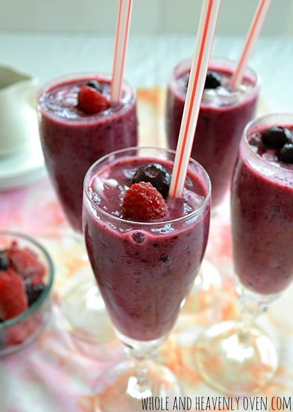 Mixed Berries 'N' Cream Smoothies6