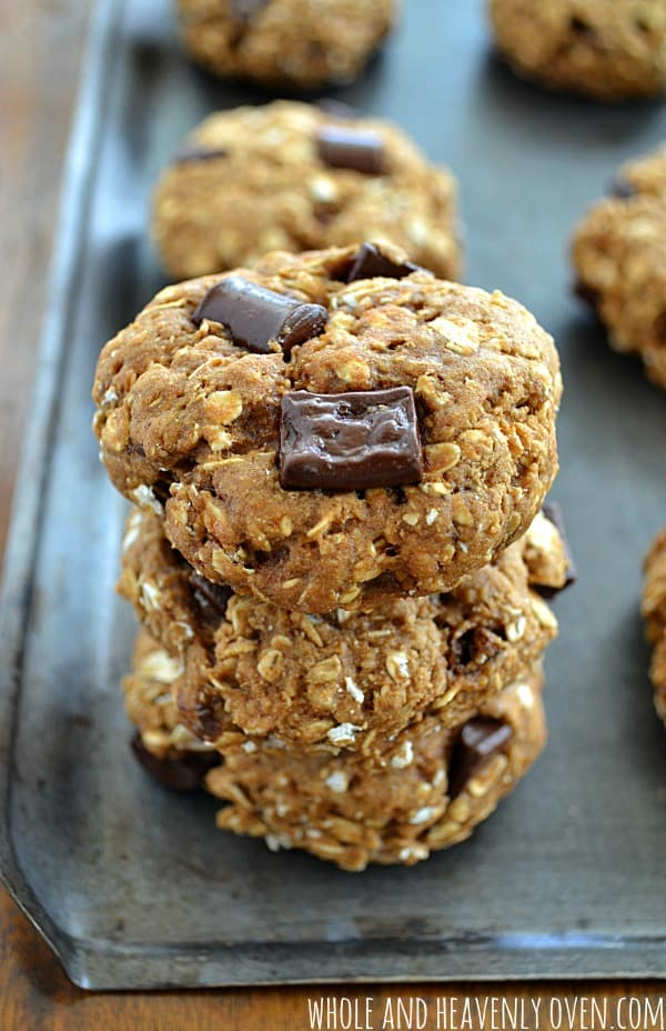 Healthy Banana Chocolate Breakfast Cookies | wholeandheavenlyoven.com