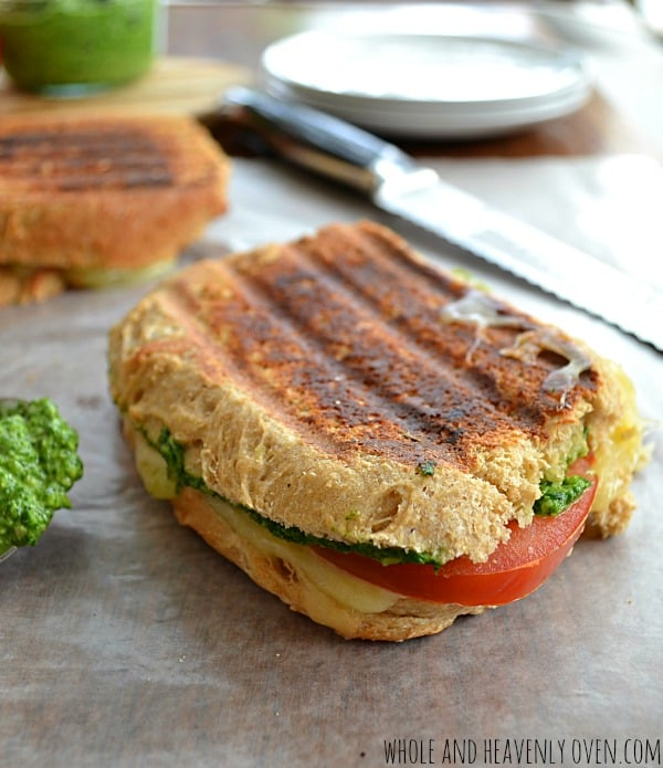 Pesto-Tomato Grilled Cheese Sandwiches2