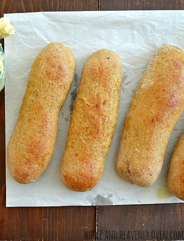 Restaurant-Style Breadsticks | wholeandheavenlyoven.com