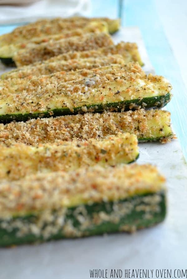 Oven-Baked Zucchini Fries | wholeandheavenlyoven.com #healthy #zucchini