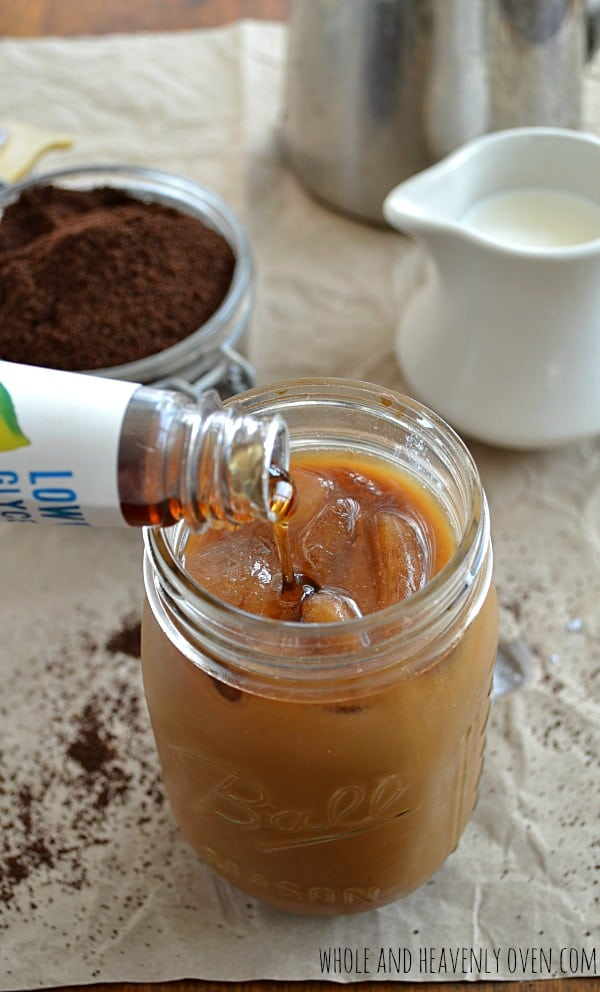 How To Make Perfect Iced Coffee | wholeandheavenlyoven.com