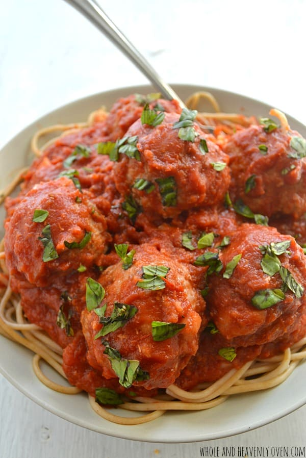 30-Minute Spaghetti and Meatballs | wholeandheavenlyoven.com