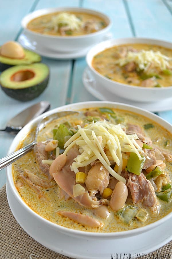Creamy White Chicken Chili | wholeandheavenlyoven.com
