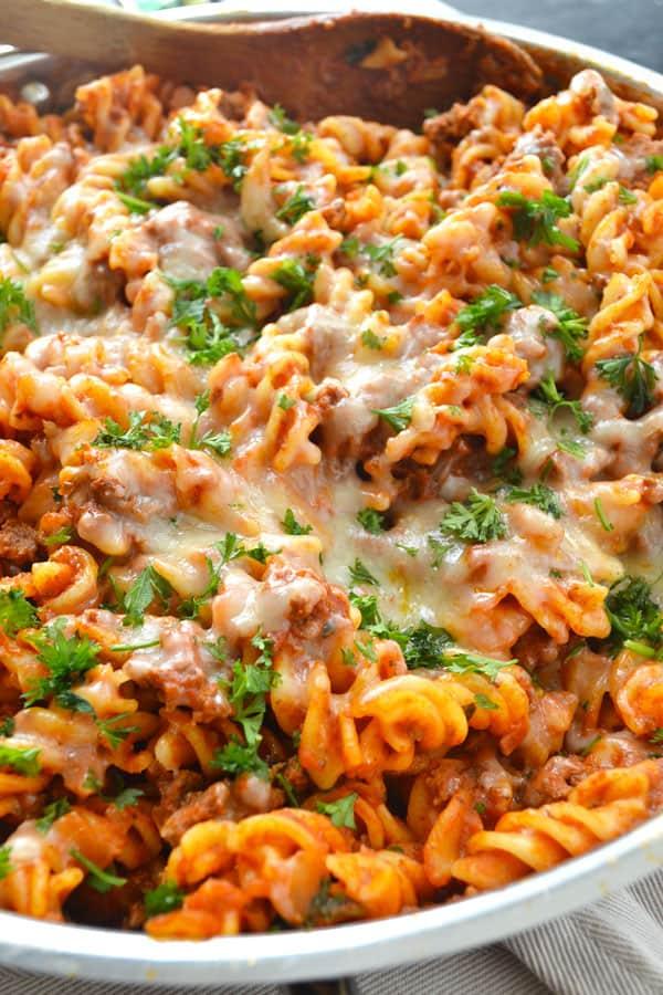 Skillet Cheesy Beef Ziti | wholeandheavenlyoven.com