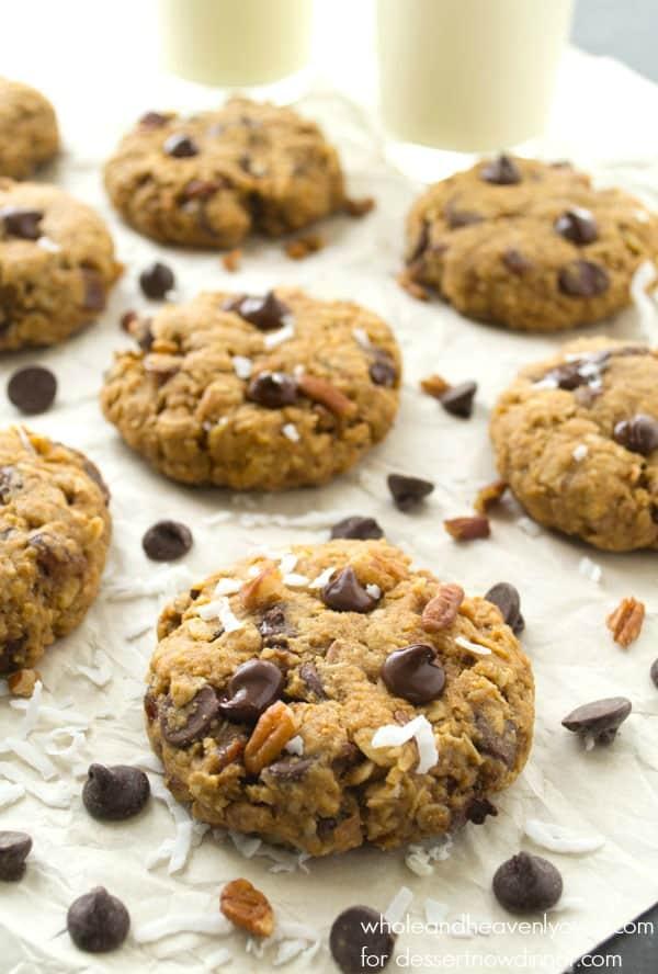 Soft-Baked Kitchen Sink Cookies | @dessertnowdinnerlater