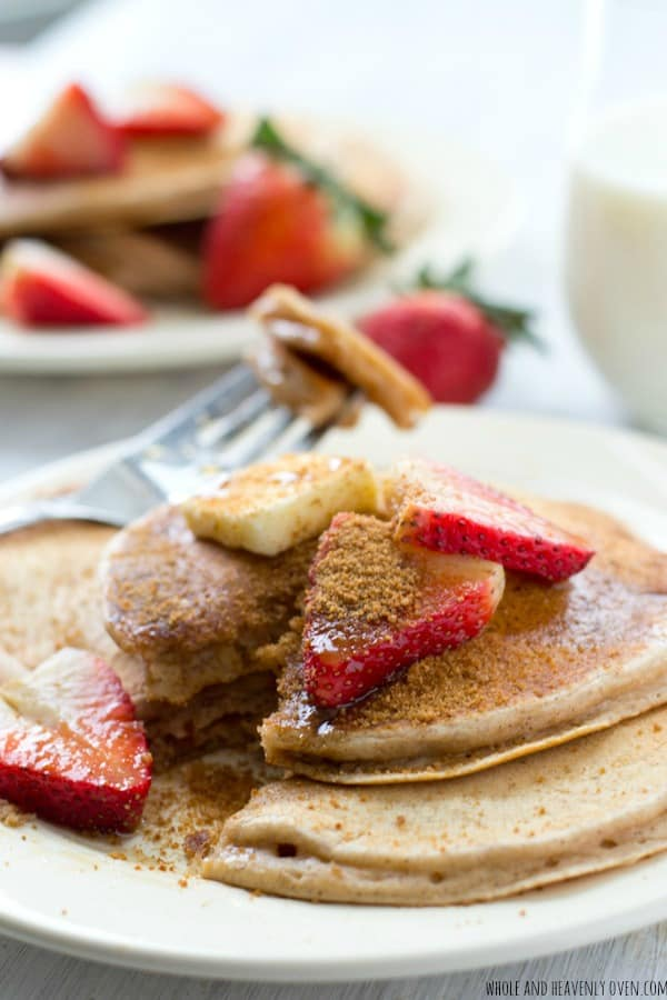 Love snickerdoodle cookies? You'll adore these tall, fluffy pancakes that taste almost like the real thing! @WholeHeavenly