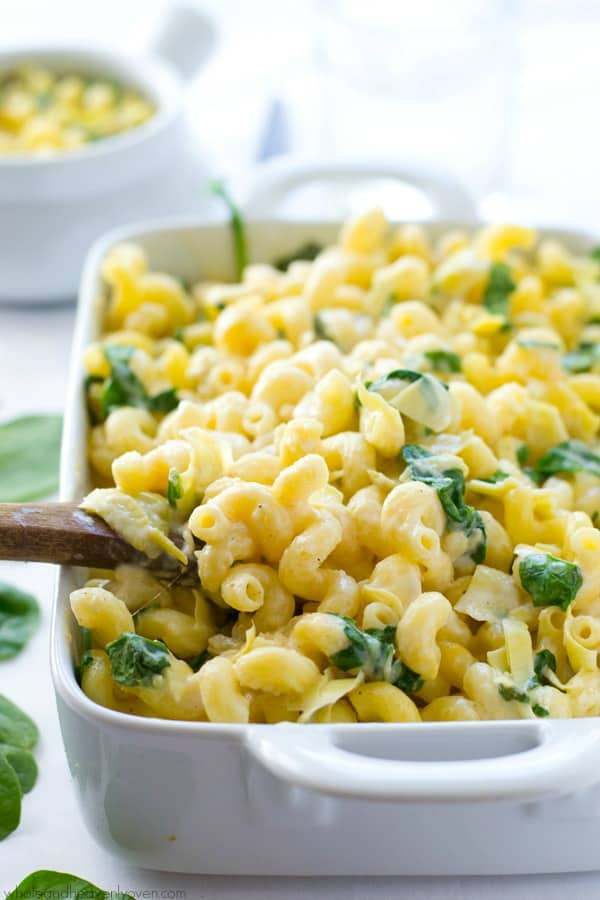 This gooey mac 'n' cheese combines all the things you love about spinach artichoke dip in one comforting side dish! Even kids won't be able to resist this dynamite macaroni. @WholeHeavenly