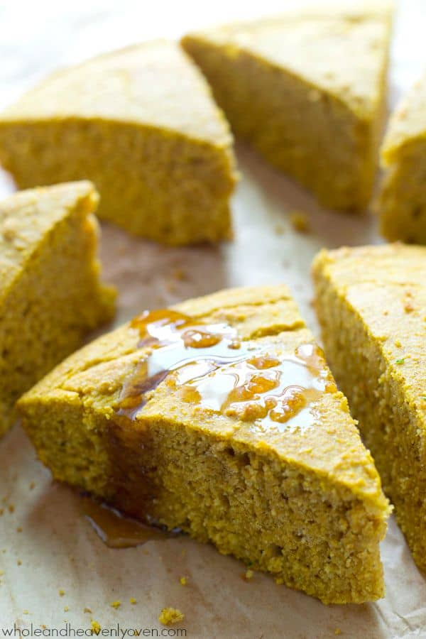 Plenty of fall spices and pumpkin collide in these extra-soft pumpkin spiced cornbread wedges that go perfectly with a bowl of hot chili! @WholeHeavenly