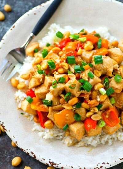 Kung pao chicken just like from Panda Express made HEALTHIER and ready in only minutes! This 'kickin flavorful chicken skillet is a total dinner winner!