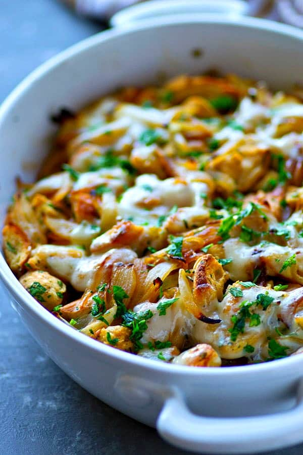 French onion soup lovers are going to go CRAZY for it in stuffing form! Caramelized onions, crusty French bread and tons of swiss cheese star in this flavor-packed Thanksgiving-style stuffing!