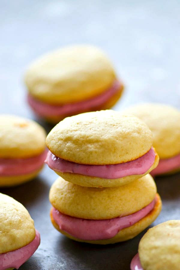Soft, cake-likevanilla cookies and a tangy raspberry cream cheese filling are the perfect match in these insanely gorgeous whoopie pies! There's no stopping at only one.