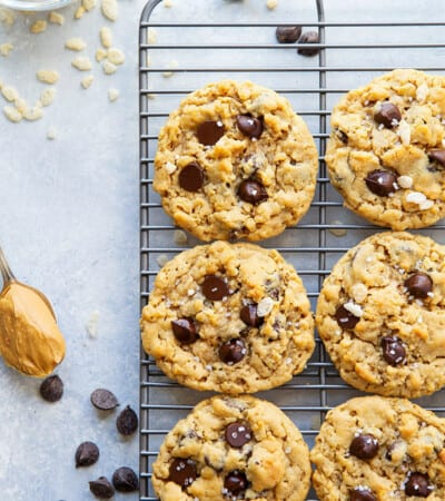 Creamy peanut butter, gooey chocolate, and crunchy cereal are an INCREDIBLE trio in these soft and chewy rice krispie chocolate chip cookies! Easy to whip up in only 20 minutes with a handful of ingredients.