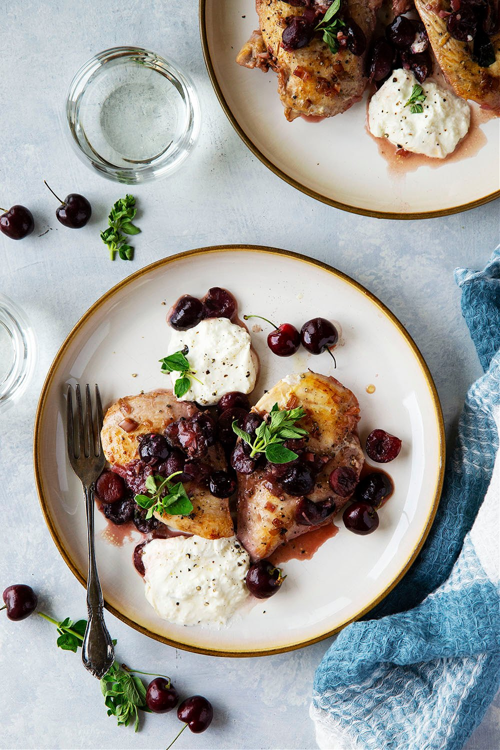 Made in one pan and simmered in juicy cherries and a white wine sauce, this skillet cherry chicken is quick to make and tastes like summer in a pan!